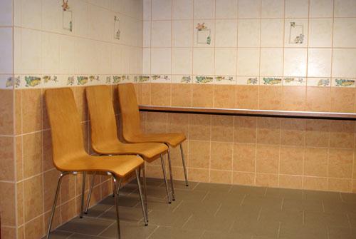 Pohled do čekárny Veterinární ordinace v Šenově